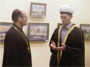священник и мулла или имам
