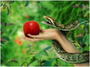 Змей и Ева с яблоком